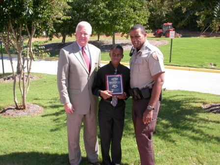 Deputy Dixon Receives Award